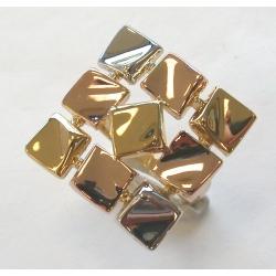 Bague plaquée or 3 tons t 50 à 60