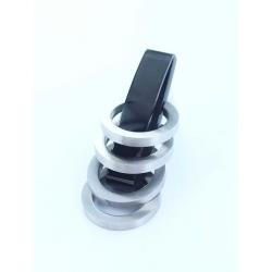 Pendentif acier mat et noir anneaux