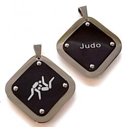 pendentif acier judo