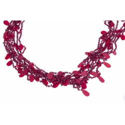 Collier fantaisie breloques et perles rouges 60+6cm