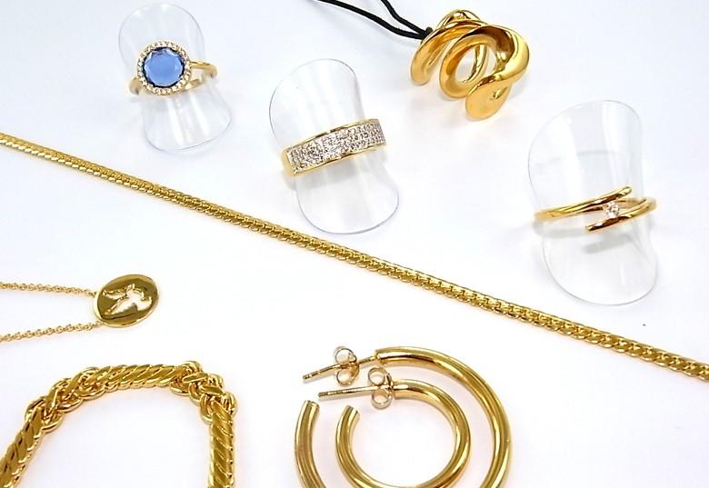 Découvrez notre gamme de bijoux plaqué or