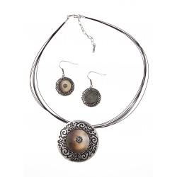 Parure fantaisie  collier 42+5 cm nacre et cables noirs + boucles d'oreille asso
