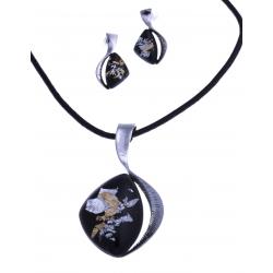 Parure fantaisie - collier résine noire - corde 40+9 cm + boucles d'oreille asso
